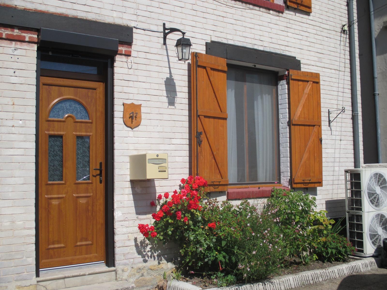 Vente maison de village proche commerces for Maison guignicourt