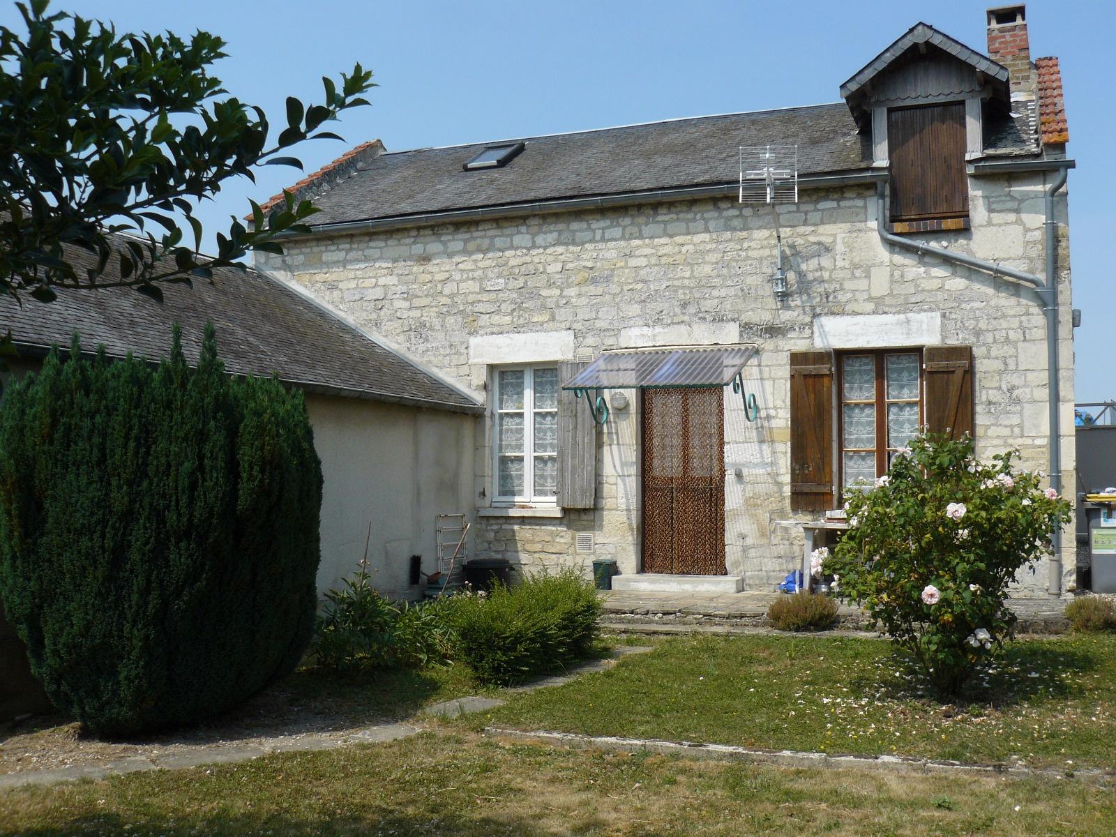 Imonet immobilier bussy st georges et environs for Maison guignicourt